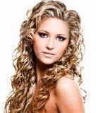 Mooie vrouw met lange haren Royalty-vrije Stock Foto's
