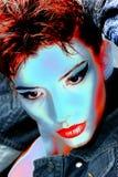 Mooie vrouw met lange rode kleuren rechte haar en stijlmake-up Royalty-vrije Stock Foto