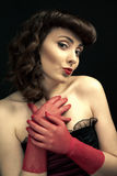 Mooie vrouw met retro kapsel Royalty-vrije Stock Foto's