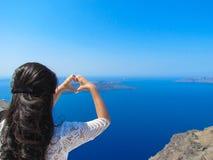 Mooie vrouw op eiland Stock Foto