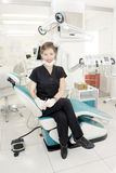 Mooie vrouwelijke tandarts Stock Foto's