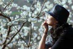Mooie vrouwen met hoed Stock Afbeeldingen