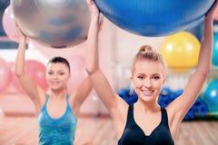 Mooie vrouwen in sportclub Stock Fotografie