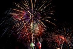 Mooie vuurwerkvertoning voor vierings Gelukkig nieuw jaar 2016, Royalty-vrije Stock Foto's