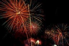 Mooie vuurwerkvertoning voor vierings Gelukkig nieuw jaar 2016, Stock Fotografie