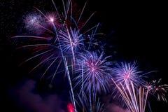 Mooie vuurwerkvertoning voor vierings Gelukkig nieuw jaar 2016, Royalty-vrije Stock Afbeeldingen