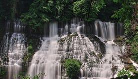 Mooie waterdalingen Royalty-vrije Stock Afbeelding
