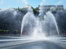 Mooie Waterfontein in Washington DC op Sunny Day royalty-vrije stock foto's