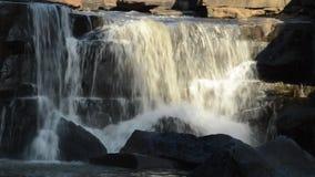 Mooie waterval stock footage
