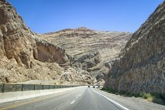 Mooie weg door Nationaal Park, Verenigde Staten Royalty-vrije Stock Foto