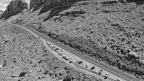 Mooie weg over verbazende canion, luchtmening van hommel stock foto