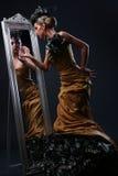Mooie witte vrouw in diva beeld Royalty-vrije Stock Foto