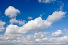 Mooie wolkenachtergrond stock afbeelding