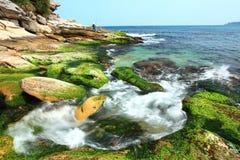 Mooie zeekust stock afbeeldingen