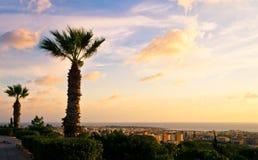 Mooie zonsondergang bij de Paphos-kustlijn, Cyprus Royalty-vrije Stock Foto