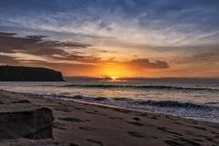 Mooie zonsondergang bij het strand van Cabo Ledo angola afrika royalty-vrije stock afbeeldingen