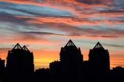 Mooie zonsondergang in de stad Royalty-vrije Stock Afbeelding