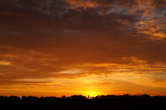 Mooie Zonsondergang Landschap Stock Afbeeldingen