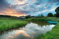 Mooie Zonsondergang op Norfolk Broads Royalty-vrije Stock Foto
