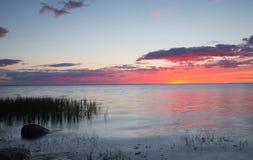 Mooie zonsondergang over de Oostzee Stock Afbeeldingen
