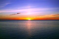 Mooie zonsondergang over Oostzee Royalty-vrije Stock Afbeeldingen