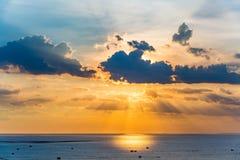 Mooie zonsonderganghemel Stock Foto's