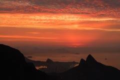 Mooie zonsopgang die van Pedra Bonita, Rio de Janeiro, Braz wordt bekeken Stock Foto's
