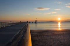 Mooie zonsopgang op de tweede dag van Kerstmis dichtbij het overzees in Burgas Bulgarije stock foto's