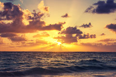Mooie zonsopgang over de horizon, Royalty-vrije Stock Foto