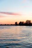 Mooie zonsopgang over het meer van het land Stock Fotografie
