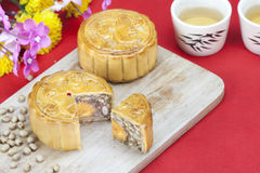 Moon cake with tea Royalty Free Stock Images