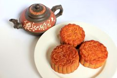 Moon cakes with Chinese teapot Royalty Free Stock Photography