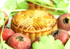 Moon cakes and fruit Royalty Free Stock Photos