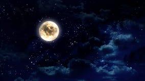 Moon i nattskyen Royaltyfri Foto