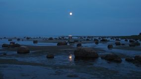 Full moon over sea Royalty Free Stock Images