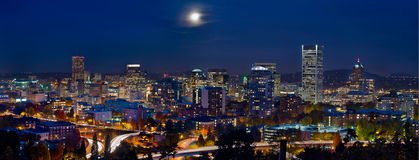 Moon Portland Oregon City Skyline Blue Hour Stock Photography