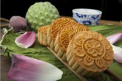 Moon traditionellen Kuchen des Kuchens des Vietnamesen - chinesisches mittleres Herbstfestivallebensmittel Stockbild