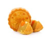 Mooncake de Mhonthong del Durian con el huevo aislado en el fondo blanco Fotografía de archivo libre de regalías