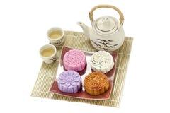 Mooncake with tea Royalty Free Stock Photos