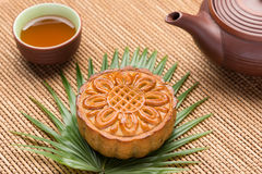 Mooncake and tea Royalty Free Stock Photo
