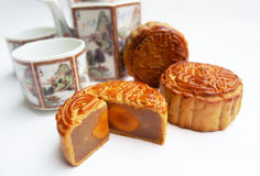 Mooncake tradicional Imagens de Stock Royalty Free
