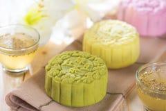 Mooncakes coloridos da pele da neve Fotografia de Stock Royalty Free