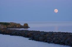 moonrise för lake ii över superior arkivfoto