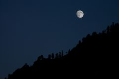 Moonrise in the mountain Royalty Free Stock Photos