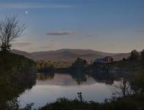 Moonrise Nad Connecticut rzeką, Newbury, Vermont fotografia stock