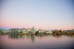 Moonrise over Carolina Beach, Noord-Carolina stock foto's