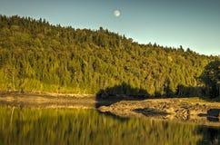 Moonrise over de Baai Royalty-vrije Stock Foto's