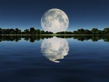 Moonrise over meer Stock Foto's