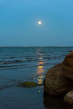 Moonrise over sea Royalty Free Stock Photo