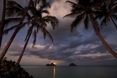 moonrise Pacifico di lanikai dell'Hawai della spiaggia Fotografia Stock